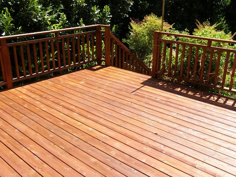 deck varnishing